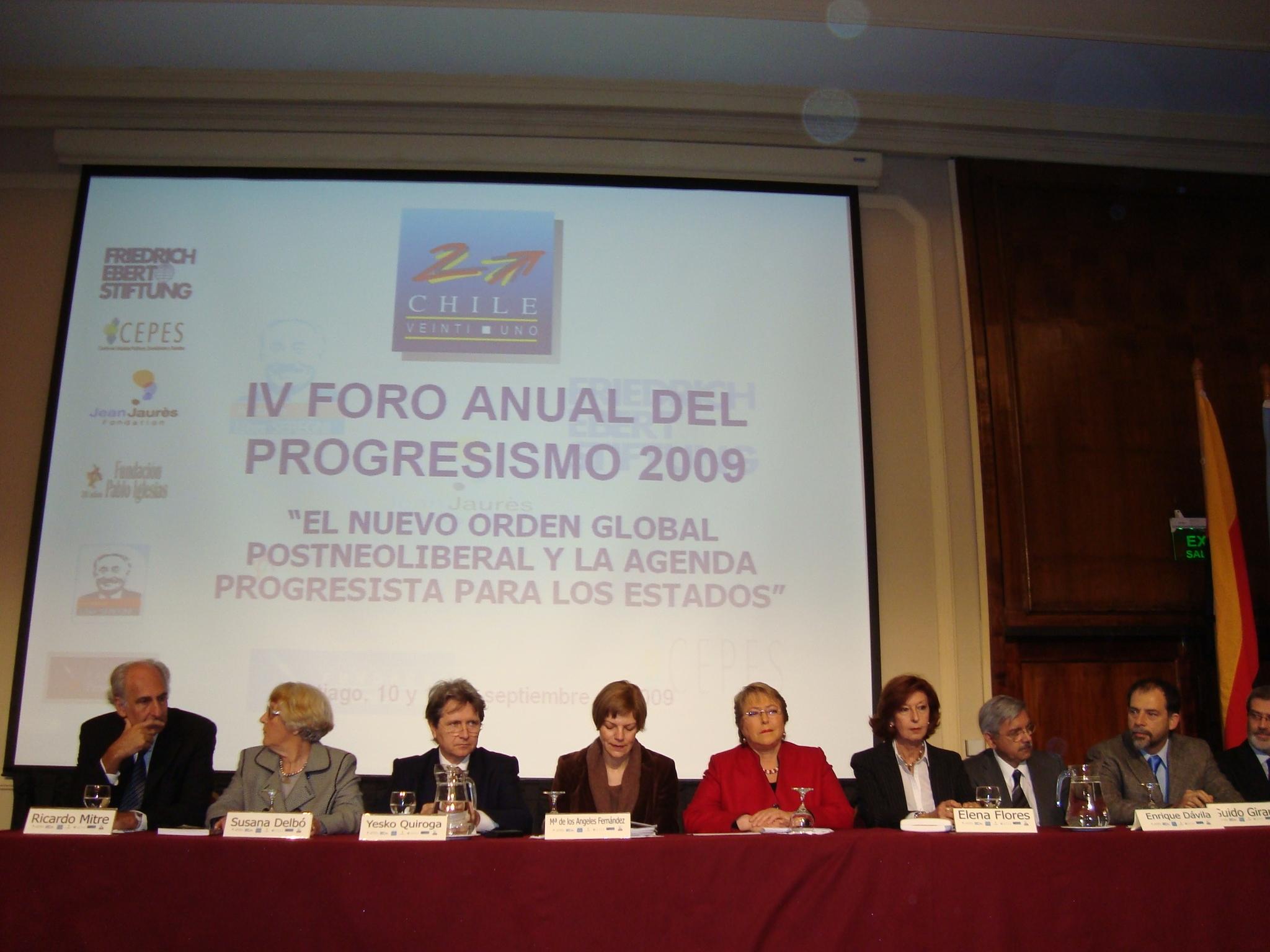 "Mesa de Abertura do  ""IV Foro Anual Del Progresismo""."